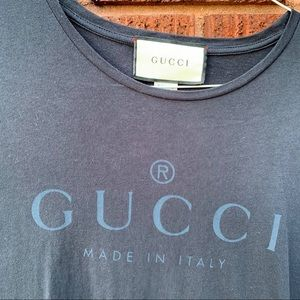 Black gucci shirt